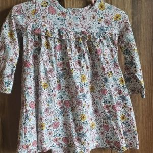 Floral baby girl dress size 12 months.